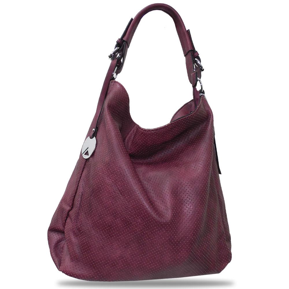 Men model kabelky na nosenie cez rameno Kabelka je vyroben 08a808651a8