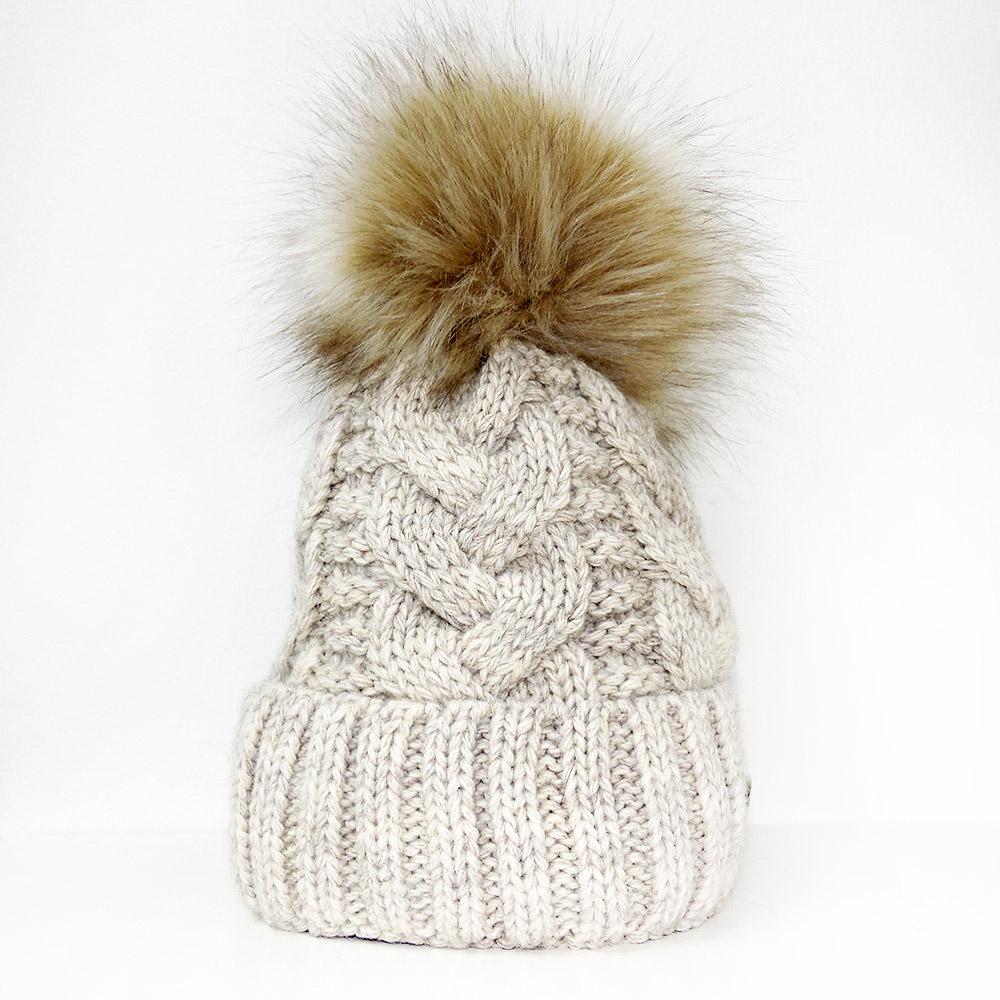 Pletené čepice s velkou chlupatou bambulí Veilo® krémová ed8da49b3d